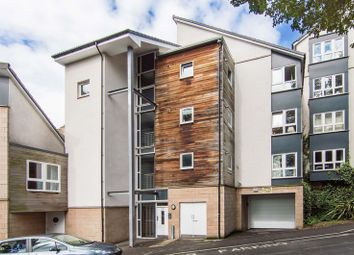 Thumbnail 2 bedroom flat for sale in 3/3 Wishaw Terrace, Meadowbank, Edinburgh