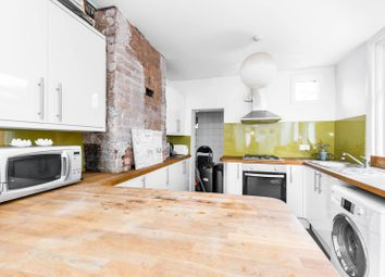6 bed property to rent in Louise Road, Stratford, London E154Nn E15