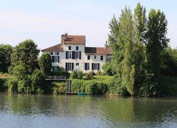 Thumbnail Commercial property for sale in Clairac, Lot-Et-Garonne, France