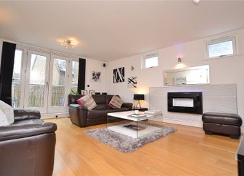 Thumbnail 1 bedroom flat for sale in Vantage Point, 12 Victors Way, Barnet, Hertfordshire