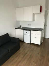 Thumbnail Studio to rent in Cameron Road, Ilford
