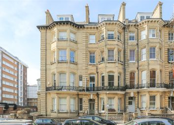 First Avenue, Hove BN3. 2 bed flat for sale