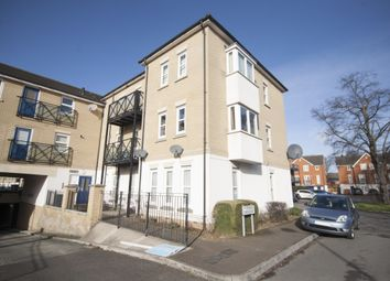 Thumbnail 2 bed flat to rent in Norwich Crescent, Romford, London