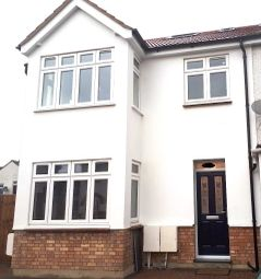 Thumbnail 2 bed detached house to rent in Manton Ave, London