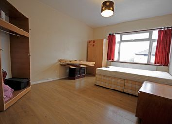 Thumbnail 3 bedroom shared accommodation to rent in High Street, Feltham