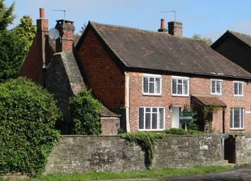 Thumbnail 3 bed cottage for sale in High Street, Billingshurst