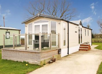 Thumbnail 2 bedroom mobile/park home for sale in Bilton Lane, Harrogate