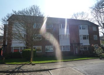 Thumbnail 2 bed flat to rent in Oakhill, Surbiton