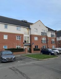1 bed flat to rent in Brook Mead, Laindon, Basildon SS15