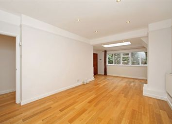 Thumbnail 3 bed flat to rent in Frognal Gardens, London