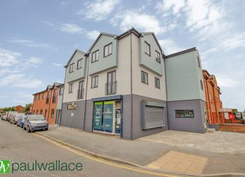 Thumbnail 2 bed flat for sale in 134, Crossbrook Street, Waltham Cross