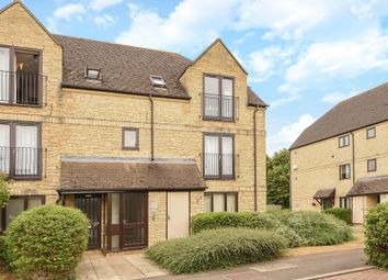 Thumbnail 1 bedroom flat to rent in Beechgate, Witney
