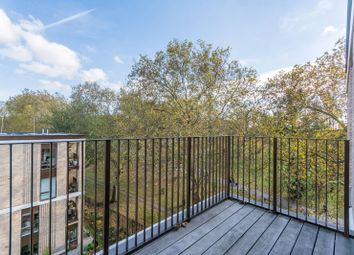 Thumbnail 1 bed flat for sale in Quadra, London Fields, London