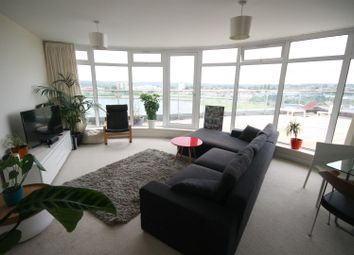 Thumbnail 2 bedroom flat for sale in Lifeboat Quay, Poole