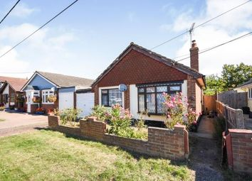 Cassel Avenue, Canvey Island SS8. 2 bed bungalow