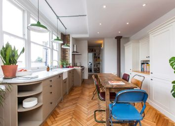 Thumbnail 1 bed flat to rent in Sylvester Road, London