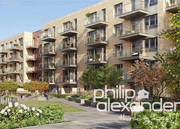 Thumbnail 2 bed flat for sale in Hamlet Court, Smithfield Square, Hornsey