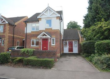 Thumbnail 3 bed detached house to rent in Lavender Road, Woking