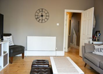 Thumbnail 1 bed flat to rent in Queens Park Road, Brighton