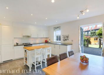 4 bed end terrace house for sale in Heatherlea Grove, The Hamptons, Worcester Park KT4