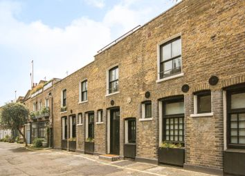 2 bed property to rent in Doughty Mews, Bloomsbury, London WC1N