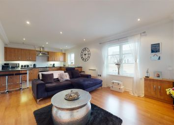 Cressing Road, Braintree CM7. 2 bed flat for sale