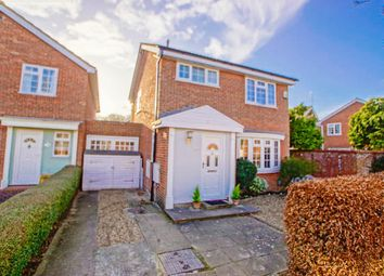 Thumbnail 3 bed link-detached house for sale in Sylvandale, Welwyn Garden City