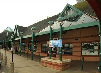 Thumbnail Retail premises to let in Westcroft District Centre, Barnsdale Drive, Milton Keynes, Buckinghamshire