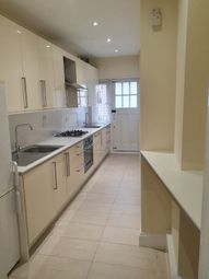 Thumbnail 2 bed flat to rent in Gloucester Gardens, Golders Green