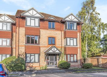 Thumbnail 1 bedroom flat for sale in Chestnut Close, Fleet