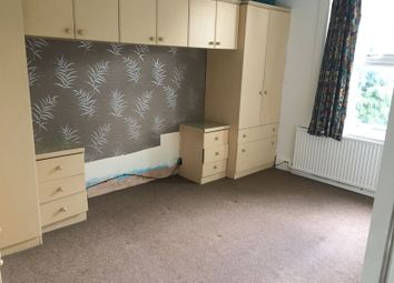 Thumbnail 1 bed detached house to rent in Kingfauns Road, Ilford, Barking, Sevenking, Goodmayes
