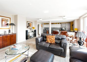 2 bed flat for sale in Royal View, Victoria Bridge Road, Bath BA2