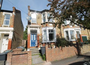 Thumbnail 2 bed flat to rent in Beverley Road, Chingford