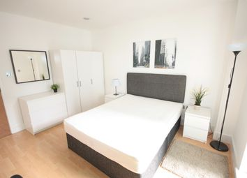 Thumbnail Room to rent in St George Wharf, Vauxhall, London.