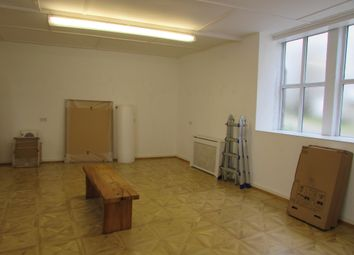 Thumbnail Studio to rent in Wesley Place, Neewlyn