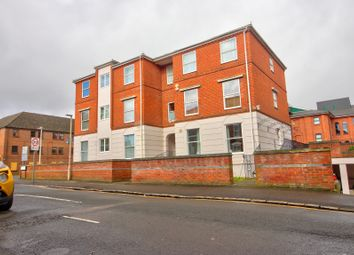 1 bed flat for sale in Sidmouth Court, Reading RG1
