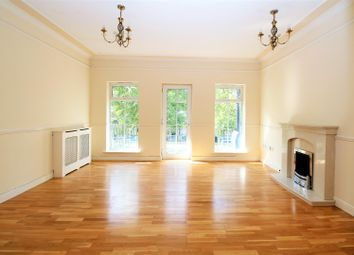 Thumbnail 4 bedroom town house for sale in The Boulevard, Greenhithe