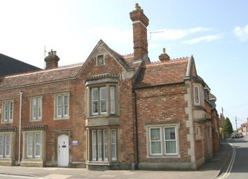 Thumbnail 2 bed flat to rent in Nelson Street, Thame