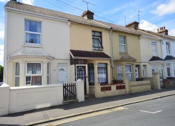 Thumbnail 3 bedroom property to rent in Selbourne Road, Gillingham