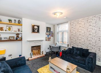 London Road, Portsmouth, Hampshire PO2. 1 bed flat for sale