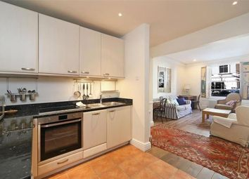 1 bed flat to rent in Courtnell Street, London W2