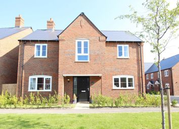 Greenwood Close, Sonning Common, Reading RG4. 3 bed detached house