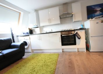 Thumbnail 1 bed flat to rent in Shepherds Bush Road, Hammersmith