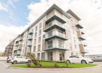 Thumbnail 2 bed flat to rent in Dove House, 3, Wallingford Way, Maidenhead