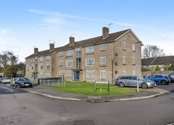 Thumbnail 2 bed flat for sale in Watford, Middlesex