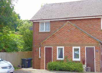 Sycamore Close, Bourne End SL8. 2 bed end terrace house