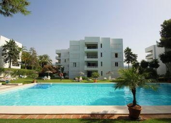 Thumbnail 2 bed apartment for sale in Marbella, Málaga, Andalucía