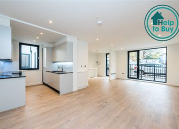 Thumbnail 3 bed maisonette for sale in Lower Clapton Road, London