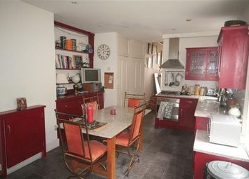Thumbnail 4 bed flat to rent in Reverdy Road, London