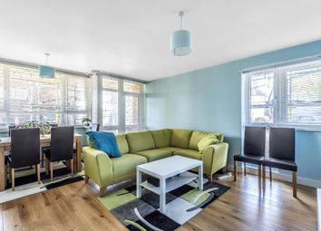 Thumbnail 3 bed flat to rent in Bowes Road, Arnos Grove